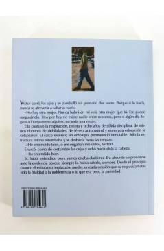 Contracubierta de LA NOCHE ERA JOVEN Y NOSOTROS TAN HERMOSOS (Manuel Reguera) Barataria 2008
