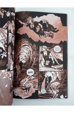 Muestra 1 de SEA OF RED NINGUNA TUMBA EXCEPTO EL MAR (K. Dwyer / R. Remender / S. Sam) Recerca 2006