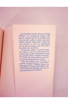 Contracubierta de AZÚCAR Y ESPECIAS O… COMO PERROS (Nigel Williams) Universitat de Valencia 1995