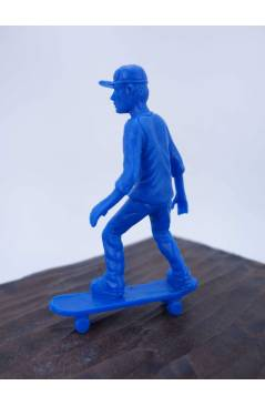 Muestra 1 de THE ORIGINAL AJ'S TOY BOARDERS. SKATE SERIES 1. BOLSA 24 SKATERS. AZUL 2011. SKATEBOARD MONOPATIN (No Acred