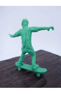 Muestra 4 de THE ORIGINAL AJ'S TOY BOARDERS. SKATE SERIES 1. BOLSA 24 SKATERS. VERDE 2011. SKATEBOARD MONOPATIN (No Acre