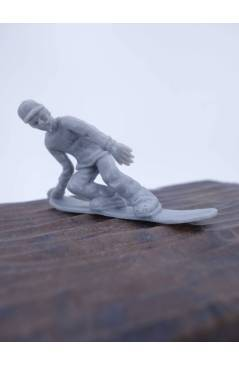 Muestra 2 de THE ORIGINAL AJ'S TOY BOARDERS. SNOW SERIES 1. BOLSA 24 SNOWBOARDERS. GRIS 2011. SNOWBOARD (No Acreditado)