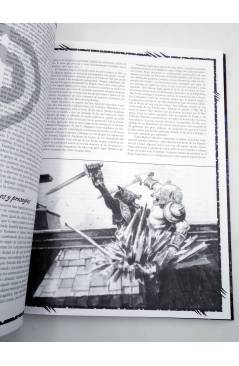 Muestra 3 de LA HORA DEL JUICIO. APOCALIPSIS (Vvaa) La Factoría de Ideas 2004