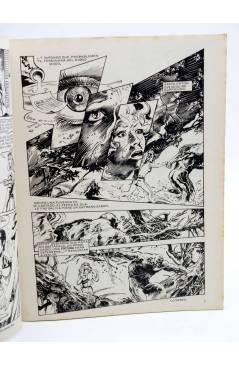 Contracubierta de DOSSIER NEGRO 212. LA COSA DEL PANTANO. ALAN MOORE (Vvaa) Zinco 1987