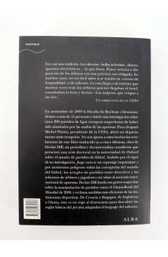 Contracubierta de TRAYECTOS 122. JUEGO SUCIO: FÚTBOL Y CRIMEN ORGANIZADO (Declan Hill) Alba 2010