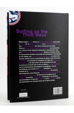 Contracubierta de SURFING ON THE THIRD WAVE (Miguel Ángel Martín) Rey Lear 2009