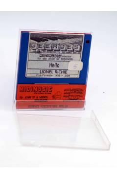 "Muestra 1 de HELLO (Lionel Richie) Geerdes Midisystem 1989. DISKETTE 35"". ATARI MSDOS. MIDI MUSIC"