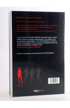 Contracubierta de NAVONA NEGRA 19. LAS VENGADORAS: KSENIA (Massimo Carlotto / Marco Videtta) Navona 2015