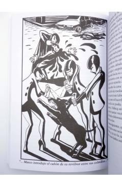 Muestra 5 de UNA GOTA DE SANGRE EN EL MARTINI POR FAVOR (J. Ignacio Gómez Pintado) Animal Pulp 2015